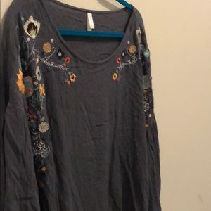 Xhilarartion gray, embroidered blouse